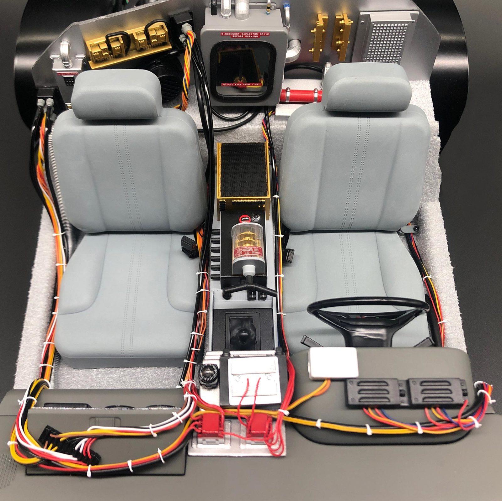 Above view of Mini Cable Ties mod in DeLorean model